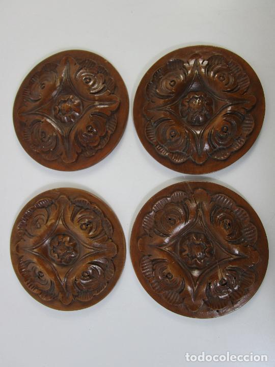 DECORATIVOS ROSETONES EN TALLA DE MADERA DE HAYA - 13,5 DIÁMETRO (Antigüedades - Hogar y Decoración - Otros)