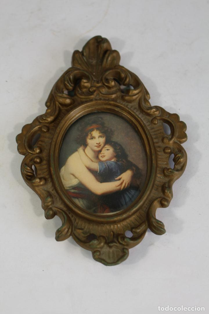 Antigüedades: cuadro pequeño ovalado pasta dorada y lamina - Foto 2 - 206853748