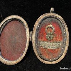 Antigüedades: RELICARIO CON CAJA DE PLATA DE SANTO TOMÁS DE AQUINO.LAPISLÁZULI EN EL CENTRO.. Lote 206897315