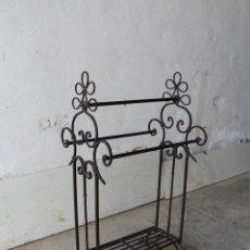 Antigüedades: GABANERO RECIBIDOR EN HIERRO DE FORJA. Lote 206955218