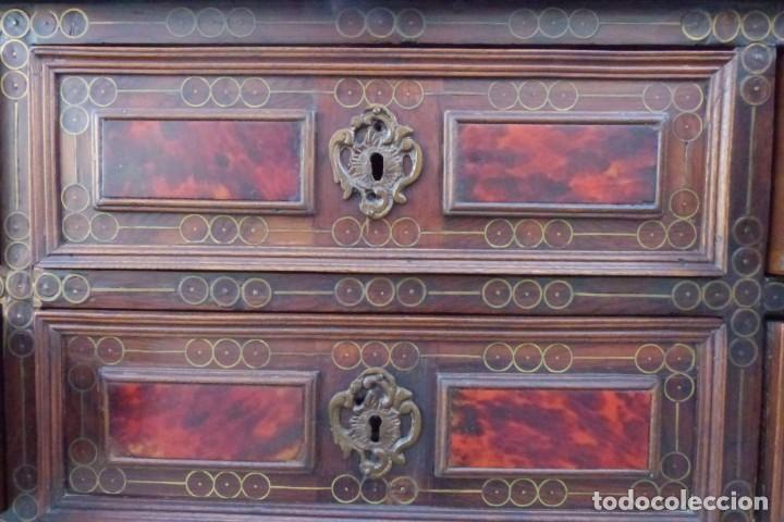Antigüedades: ARQUIMESA - BARGUEÑO SIGLO XVIII - PALO ROSA - CAREY Y MARQUETERÍA DE LATÓN. - Foto 17 - 206999037