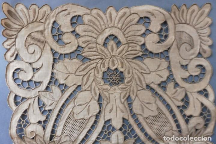 Antigüedades: ANTIGUO MANTEL - PIEZA DE ENCAJE S. XIX - Foto 5 - 207029872