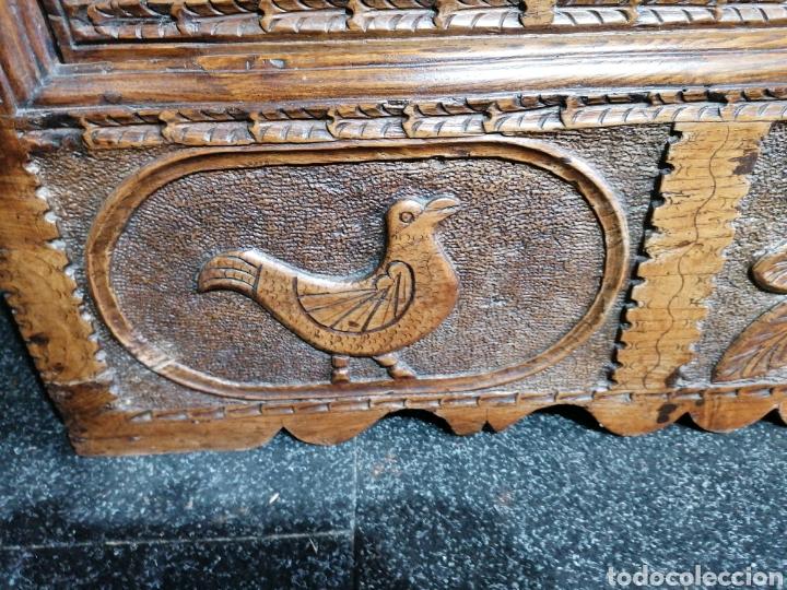 Antigüedades: Arcón tallado de castaño - Foto 5 - 207057898