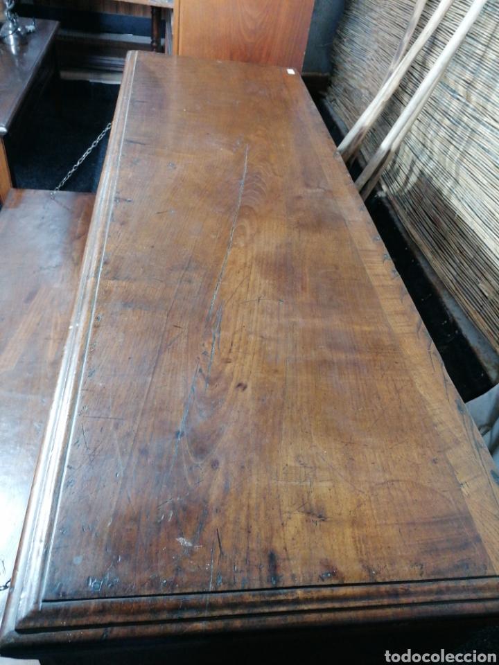 Antigüedades: Arcón tallado de castaño - Foto 8 - 207057898