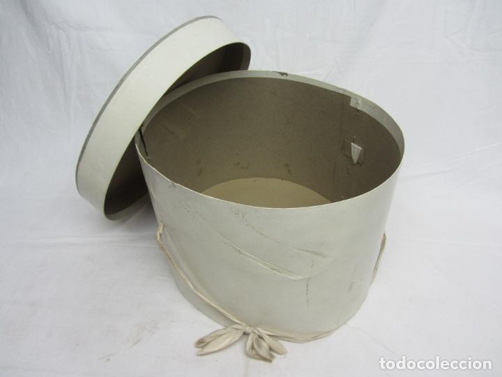 Antigüedades: Caja para sombreros años 40 - Foto 2 - 207074337