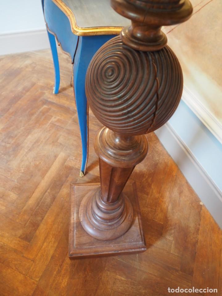 Antigüedades: Gran Peaña Columna o Pedestal en Madera de Roble para escultura o planta - Foto 2 - 207084245