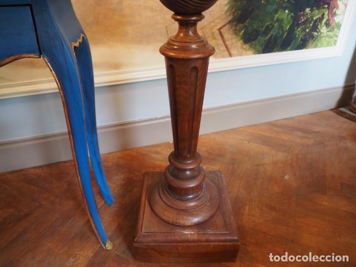 Antigüedades: Gran Peaña Columna o Pedestal en Madera de Roble para escultura o planta - Foto 4 - 207084245
