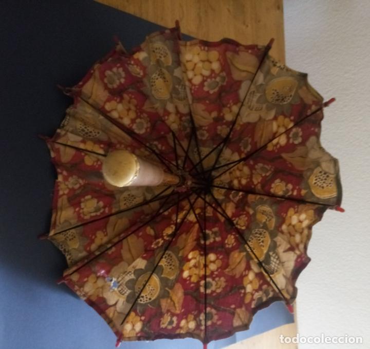 Antigüedades: ANTIGUA SOMBRILLA PARASOL DE TELA - MANGO EN MADERA Y HUESO - 48 CMS - Foto 6 - 207097052