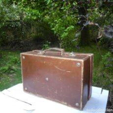 Antigüedades: MALETA DE CUERO PEQUEÑA. Lote 207129722