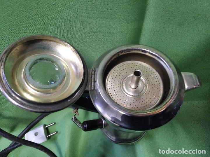 Antigüedades: Cafetera electrica antigua mediados siglo xx perfecta funcionando - Foto 2 - 207144665