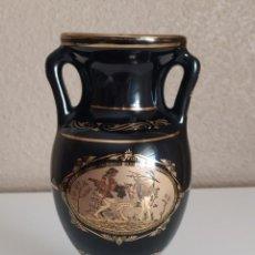 Antigüedades: JARRÓN PORCELANA GRIEGA ORIGINAL DEL PAÍS, EN ORO DE 24 K, CON SELLO. Lote 207202436