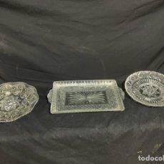 Antigüedades: BANDEJA Y 2 PLATOS DE CRISTAL TALLADO. Lote 207281453