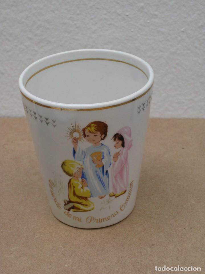 Antigüedades: Antiguo juego de porcelana.Rdo primera comunión.San claudio Oviedo. - Foto 14 - 207283592