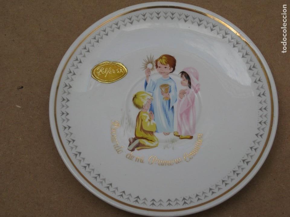 Antigüedades: Antiguo juego de porcelana.Rdo primera comunión.San claudio Oviedo. - Foto 17 - 207283592