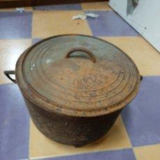Antigüedades: ANTIGUA POTA FUNDICION 1900 BUEN ESTADO 25 ALTO 32 ANCHO. Lote 207290607