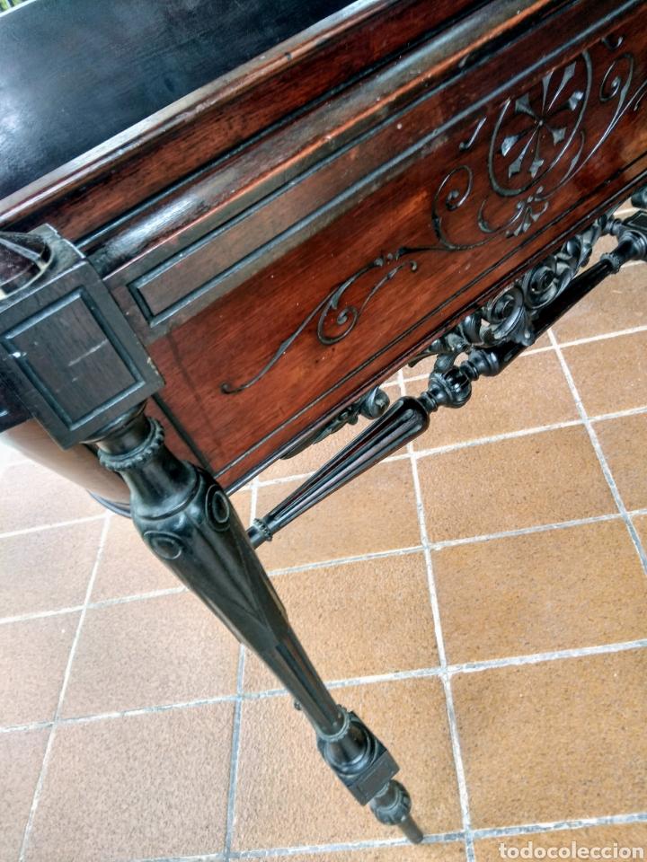 Antigüedades: Antigua cuna de madera. Siglo XIX. - Foto 3 - 207418611