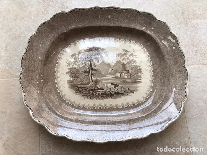 BANDEJA SAN JUAN DE AZNALFARACHE? (Antigüedades - Porcelanas y Cerámicas - San Juan de Aznalfarache)