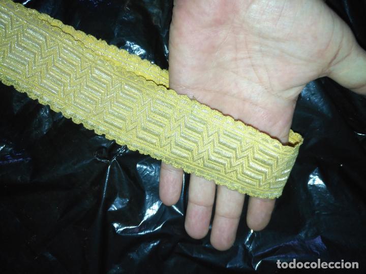 Antigüedades: 80X4.5 CM ANTIGUO GALON ORO METALICO CLASICO VIRGEN NIÑO JESUS SEMANA SANTA CASULLA DALMATICA FAJIN - Foto 6 - 207434191