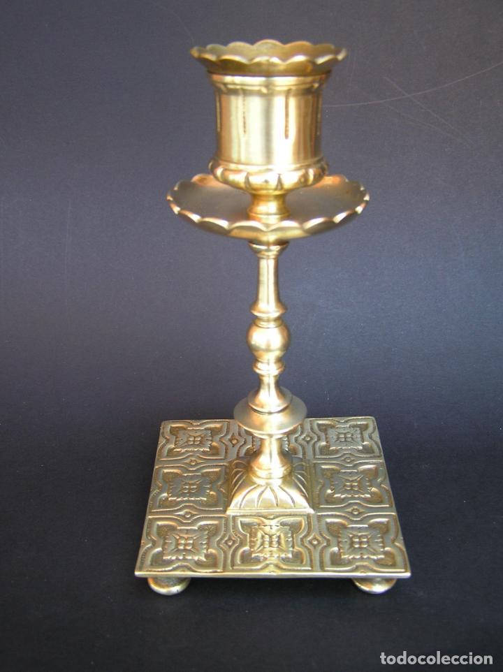 Antigüedades: Precioso candelero TOWNSHEND & CO . Circa 1900. .15 cm. - Foto 2 - 207489346