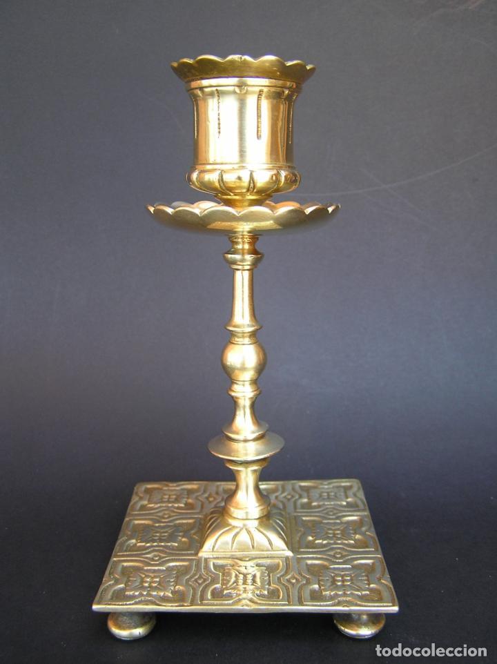 Antigüedades: Precioso candelero TOWNSHEND & CO . Circa 1900. .15 cm. - Foto 3 - 207489346