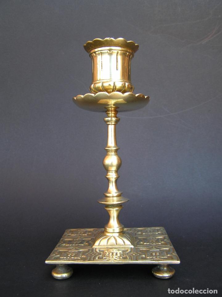 Antigüedades: Precioso candelero TOWNSHEND & CO . Circa 1900. .15 cm. - Foto 4 - 207489346