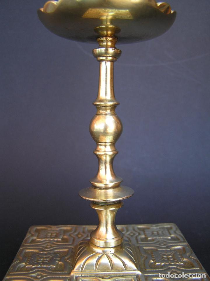 Antigüedades: Precioso candelero TOWNSHEND & CO . Circa 1900. .15 cm. - Foto 5 - 207489346