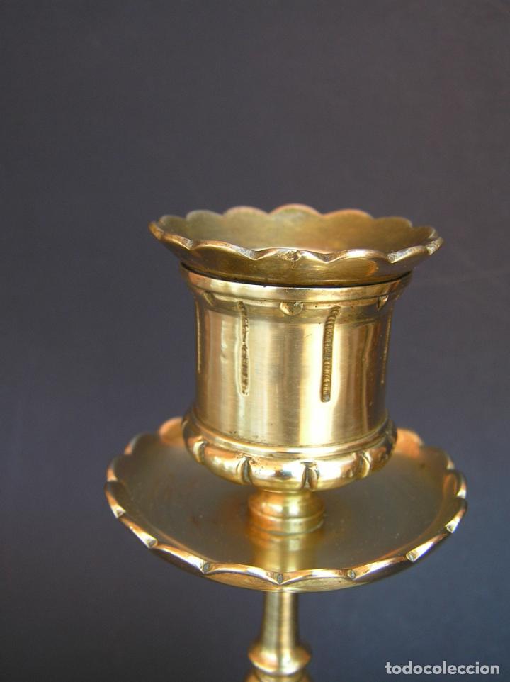 Antigüedades: Precioso candelero TOWNSHEND & CO . Circa 1900. .15 cm. - Foto 6 - 207489346