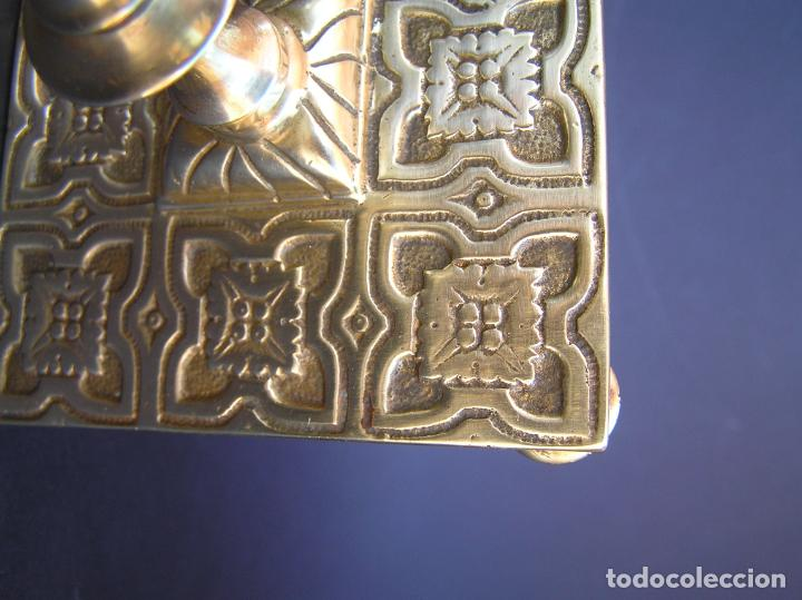 Antigüedades: Precioso candelero TOWNSHEND & CO . Circa 1900. .15 cm. - Foto 9 - 207489346