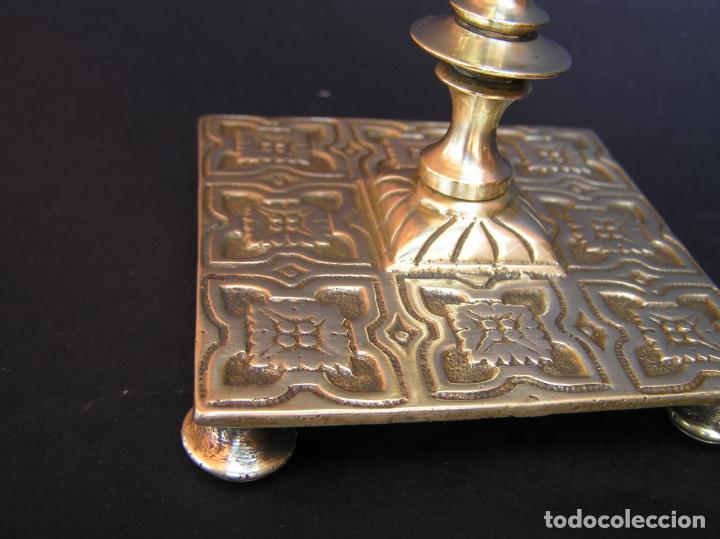 Antigüedades: Precioso candelero TOWNSHEND & CO . Circa 1900. .15 cm. - Foto 16 - 207489346