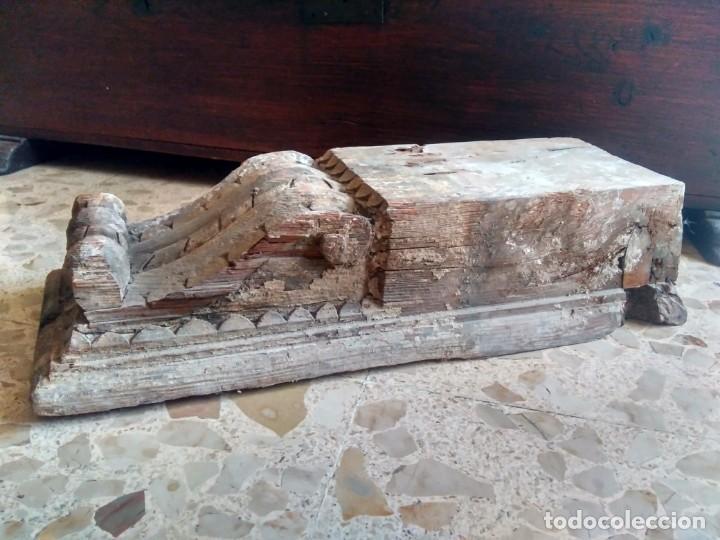 GRAN ZAPATA / MÉNSULA / CAN - DE ANTIGUO ARTESONADO - TALLA DEL SIGLO XVII, CON REMINISCENCIAS (Antigüedades - Muebles Antiguos - Ménsulas Antiguas)