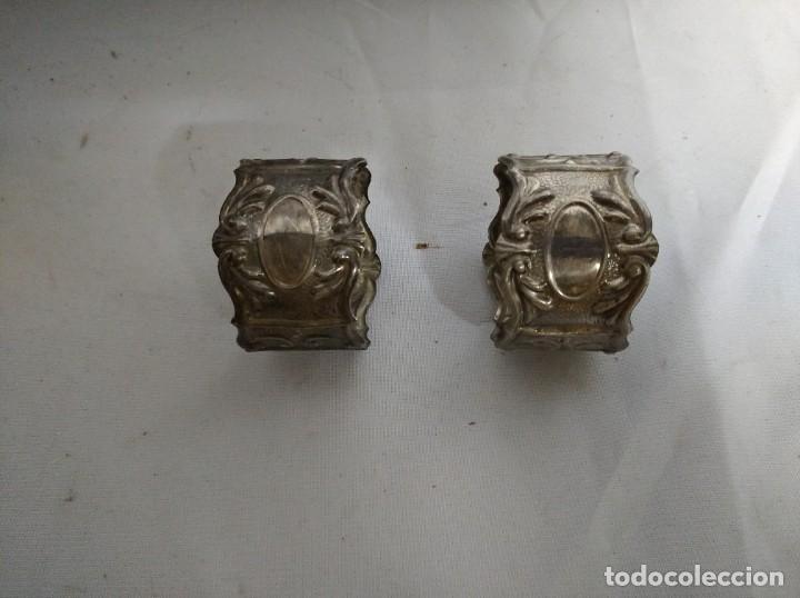 JUEGO DE 2 SERVILLETEROS FABRICADOS EN ALPACA PLATEADA. (Antigüedades - Técnicas - Rústicas - Utensilios del Hogar)