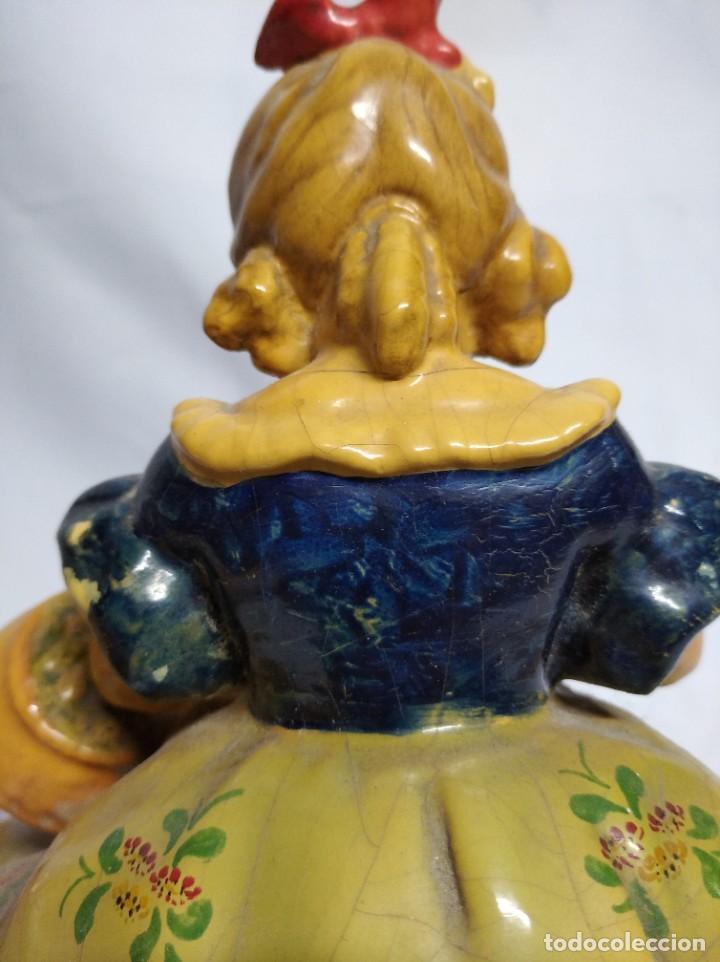 Antigüedades: Figura de niña fabricada en escayola. - Foto 10 - 207571061