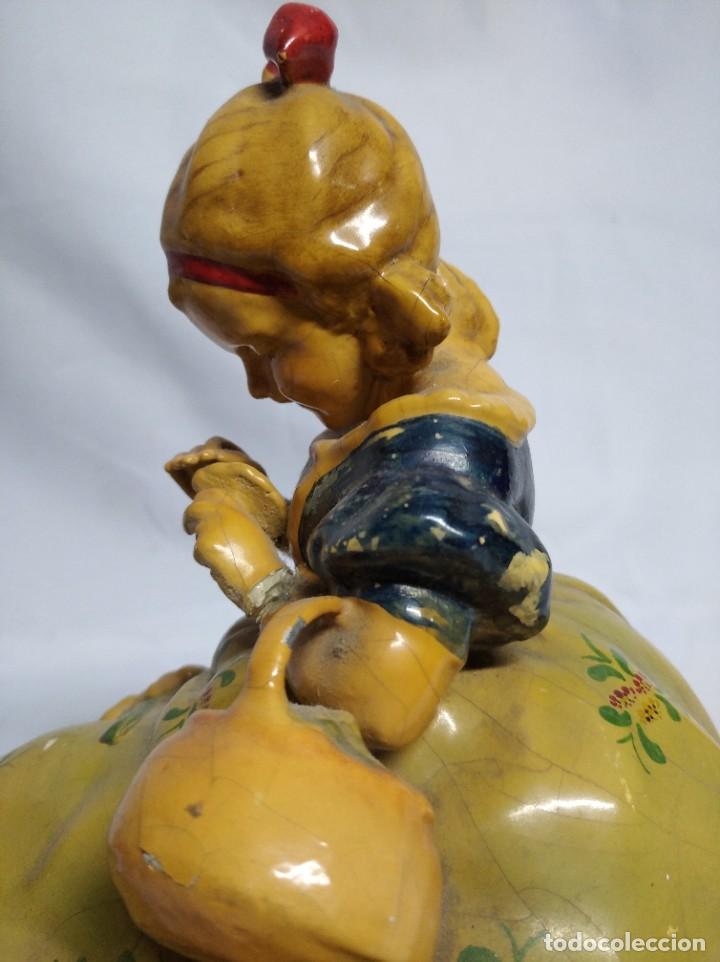 Antigüedades: Figura de niña fabricada en escayola. - Foto 12 - 207571061