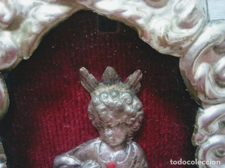 Antigüedades: Precioso relicario capilla Niño Jesúsl . Principios siglo XX. 10 cm por 15 cm. - Foto 3 - 207572181