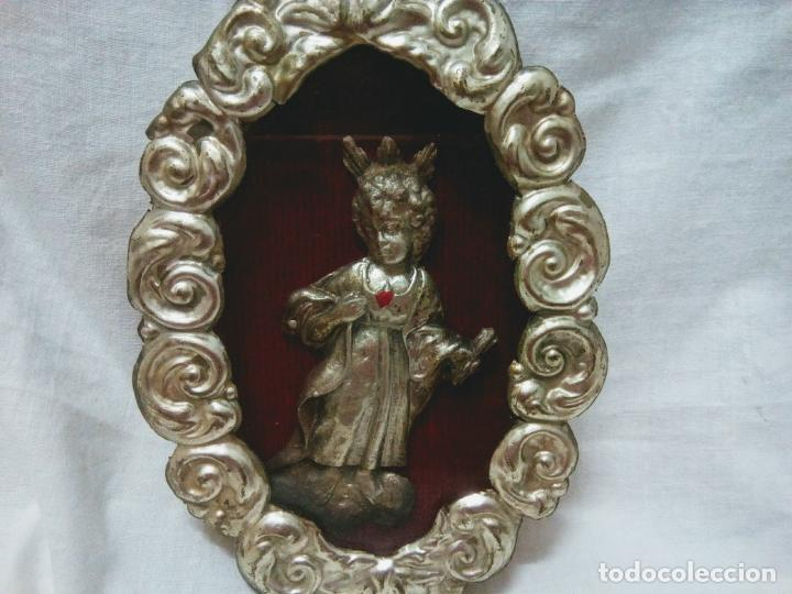Antigüedades: Precioso relicario capilla Niño Jesúsl . Principios siglo XX. 10 cm por 15 cm. - Foto 9 - 207572181