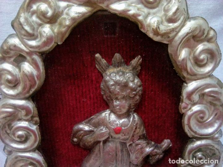 Antigüedades: Precioso relicario capilla Niño Jesúsl . Principios siglo XX. 10 cm por 15 cm. - Foto 10 - 207572181