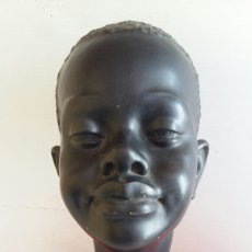 Antigüedades: FIGURA TARRACOTA AFRICANA FIRMADO .EN PERFECTO ESTADO.MIDE 27CMX18CM. Lote 207615960