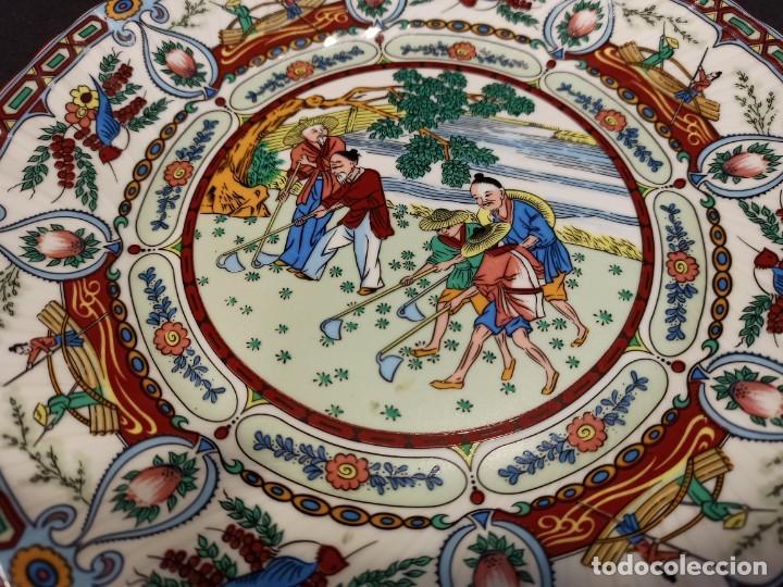 Antigüedades: Plato de cerámica labores agrícolas. Japón. C9 - Foto 2 - 207675695