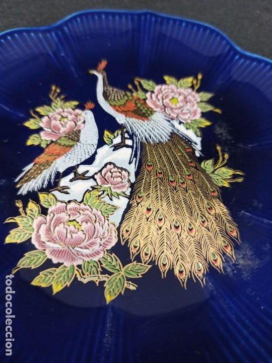 Antigüedades: Plato de cerámica con pavos. Japón. C9 - Foto 2 - 207675948