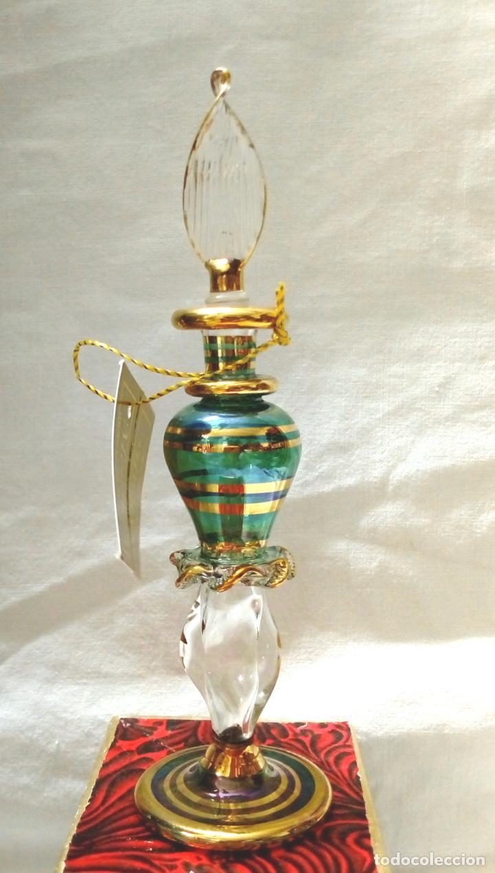 Antigüedades: perfumero cristal de bohemia con tonos verdosos filos oro 24 k - Foto 8 - 207709100