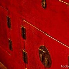 Antigüedades: MUEBLE LACADO. Lote 207739301