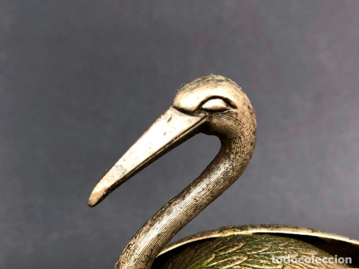 Antigüedades: Pareja de garzas reales.. Metal. Circa 1900. Japón ? 11,5 cm. - Foto 5 - 207761030