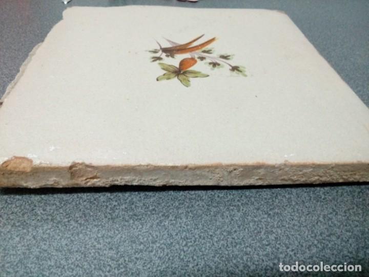 Antigüedades: Dos azulejos siglo XVIII.Medida 20x20 - Foto 3 - 207777920
