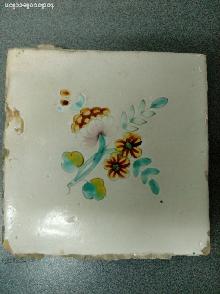 Antigüedades: Dos azulejos siglo XVIII.Medida 20x20 - Foto 16 - 207777920
