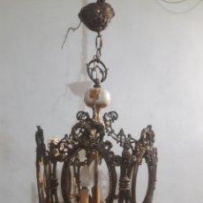 Antigüedades: LAMPARA EN BRONCE Y PORCELANA ES MUY GRANDE. Lote 207784155
