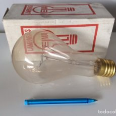 Antigüedades: ANTIGUA BOMBILLA ELVA 500W E40 240-250V MUY GRANDE. Lote 207805651