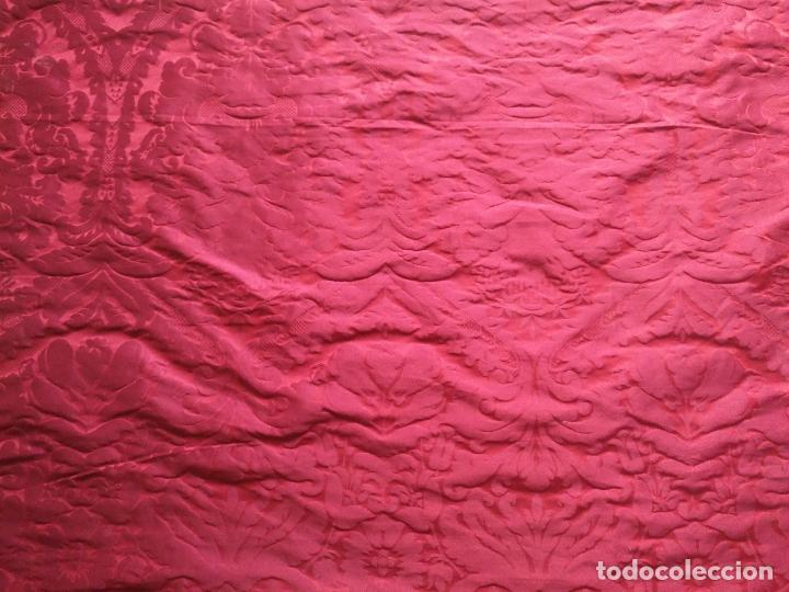 Antigüedades: 158 x 91 tela brocado damasco ROJO GRANATE COFRADE virgen balcolera saya manto capilla semana santa - Foto 4 - 270961753