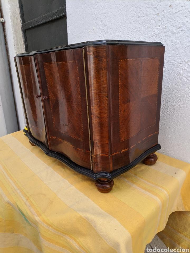 Antigüedades: Mueble de radio tranformado en bargueño, caoba - Foto 2 - 207838546