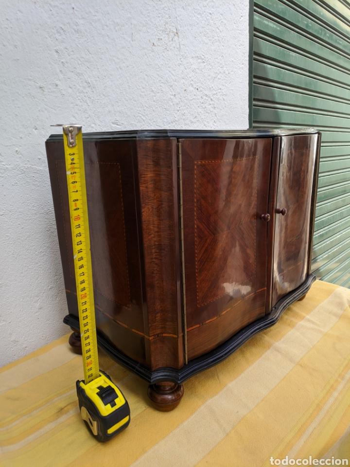 Antigüedades: Mueble de radio tranformado en bargueño, caoba - Foto 3 - 207838546
