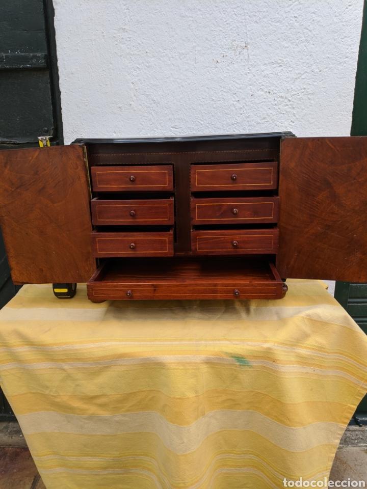 Antigüedades: Mueble de radio tranformado en bargueño, caoba - Foto 7 - 207838546